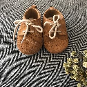 Baby Gap Oxford shoes unisex 3-6 months
